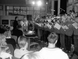 Teeniechor Schirmitz singt in Weiherhammer